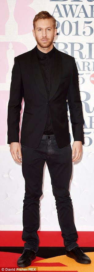 2752E33500000578-3028061-Looking_sharp_in_all_black_for_the_Brit_Awards_in_February_2015-a-2_1428361694977