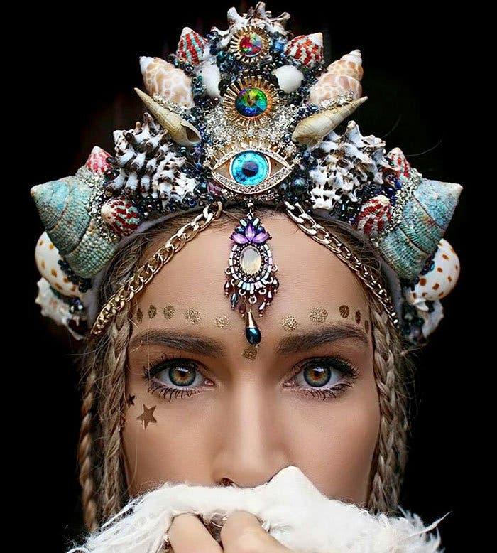 mermaid-crowns-chelsea-shiels-56