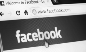 facebook-preto-e-branco